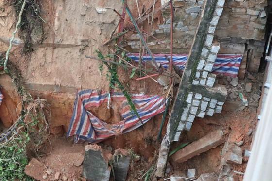 Sạt taluy liên tiếp uy hiếp nhà dân giữa trung tâm Đà Lạt ảnh 4