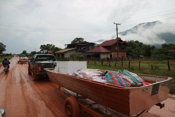 PV Báo SGGP ghi nhận tình hình cứu hộ người bị nạn vụ vỡ đập tại Lào ảnh 4