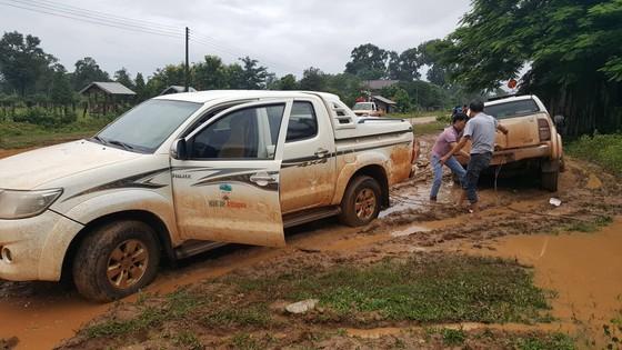 PV Báo SGGP ghi nhận tình hình cứu hộ người bị nạn vụ vỡ đập tại Lào ảnh 1