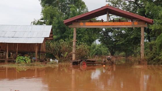 PV Báo SGGP ghi nhận tình hình cứu hộ người bị nạn vụ vỡ đập tại Lào ảnh 14