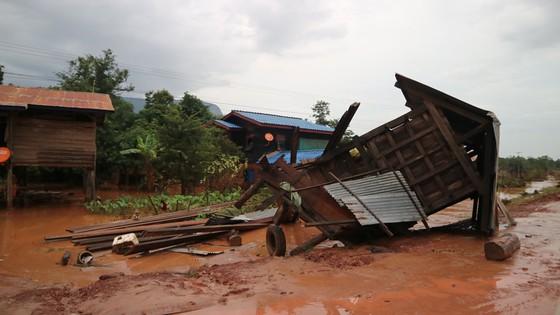 PV Báo SGGP ghi nhận tình hình cứu hộ người bị nạn vụ vỡ đập tại Lào ảnh 15