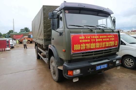 Gian nan đường tiếp tế vào khu vực bị vỡ đập thủy điện ở Lào ảnh 2