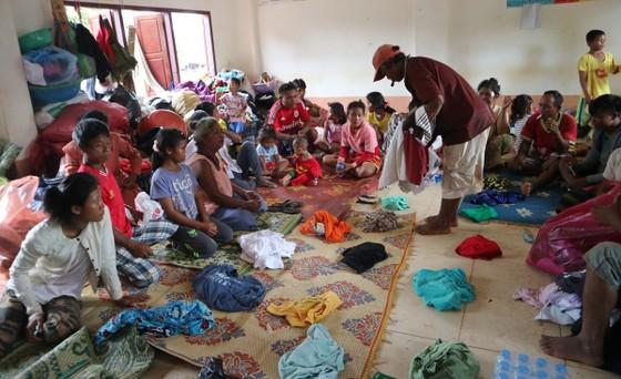 Lực lượng cứu hộ quốc tế đổ về Lào cứu trợ sau vụ vỡ đập thủy điện ảnh 11