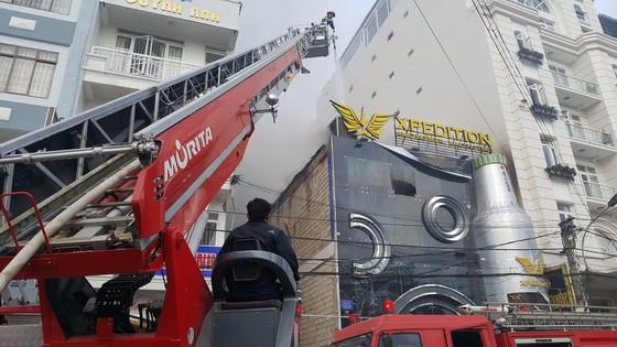 Cháy lớn tại beer club ở trung tâm Đà Lạt  ảnh 2