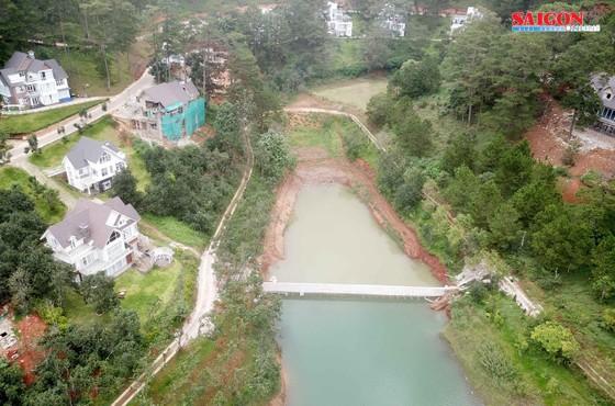 """Tháo dỡ bờ kè xây dựng """"chui"""" tại hồ Tuyền Lâm - Đà Lạt ảnh 2"""