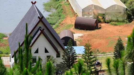 19 nhà gỗ không phép tại KDL Quốc gia hồ Tuyền Lâm đã được di dời ảnh 5