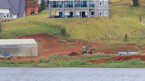 19 nhà gỗ không phép tại KDL Quốc gia hồ Tuyền Lâm đã được di dời ảnh 3