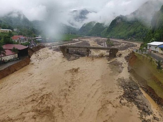 Đến sang nay, 19 người chết và mất tích vì mưa lũ ảnh 1