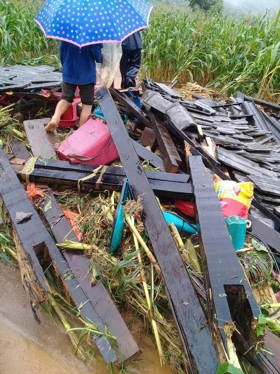 Đến sang nay, 19 người chết và mất tích vì mưa lũ ảnh 3