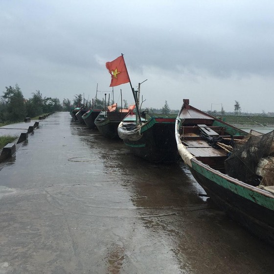 Chiều nay, bão số 3 (Sơn Tinh) đổ bộ vào Thái Bình – Hà Tĩnh ảnh 3
