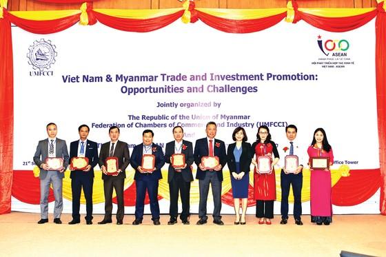 Công ty CP NGK Sanest Khánh Hòa và Công ty  CP NGK Yến Sào Khánh Hòa vinh dự nhận giải thưởng tại Diễn đàn Mekong lần thứ 9 ảnh 2