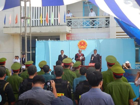52 năm tù cho 15 bị cáo tham gia gây rối ở Bình Thuận ảnh 3