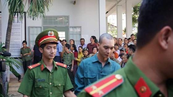 30 bị cáo tham gia gây rối ở Bình Thuận lãnh án ảnh 2