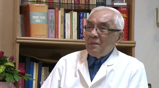 Thầy thuốc ưu tú, BS CKII Đỗ Hữu Định - Một đời tâm huyết với Đông y ảnh 1