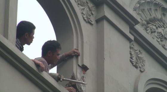 Cảnh biệt thự của gia đình nguyên Cục trưởng C50 bị phá dỡ phần xây trái phép ảnh 4