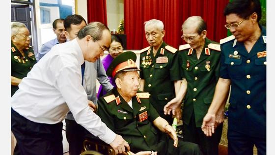 Bí thư Thành ủy TPHCM Nguyễn Thiện Nhân: Chấn chỉnh công tác cán bộ, ngăn chặn lợi ích nhóm ảnh 1