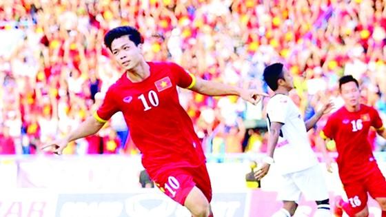 Công Phượng trong màu áo đội tuyển U.22 Việt Nam  tại SEA Games 29                              Ảnh: NHẬT ANH