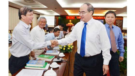 Bí thư Thành ủy TPHCM Nguyễn Thiện Nhân: Báo chí cần phát huy tốt nhất nguồn lực con người ảnh 1