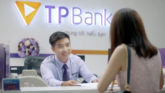 """""""Bão quà tặng"""" xe, nhà tiền tỷ cho khách hàng TPBank ảnh 1"""