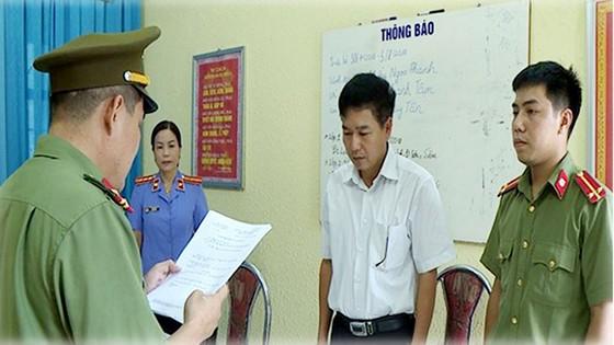 Vụ gian lận thi cử tại Sơn La: Khởi tố Phó Giám đốc Sở GD-ĐT tỉnh Sơn La và nhiều quan chức giáo dục ảnh 3