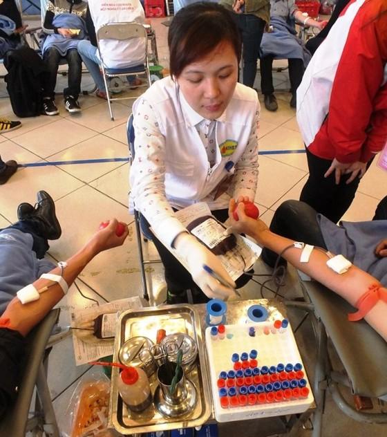 Dự trữ máu nhóm O còn cầm cự được vài ngày ảnh 1