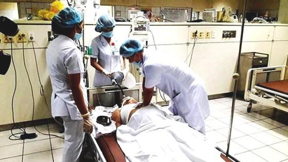 Nguyên giám đốc Bệnh viện Hòa Bình sai phạm tràn lan, hậu quả nghiêm trọng ảnh 2