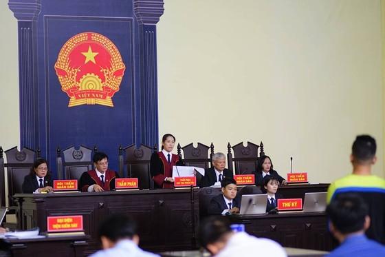 """Bắt đầu xét xử ông Phan Văn Vĩnh và đồng phạm trong """"đại án"""" đánh bạc hàng ngàn tỷ ảnh 1"""