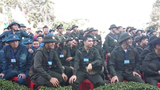 Gần 4.500 thanh niên TPHCM lên đường nhập ngũ ảnh 1