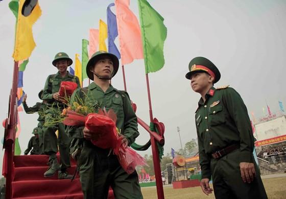 Tưng bừng ngày hội tòng quân tại Thừa Thiên - Huế. ảnh 2