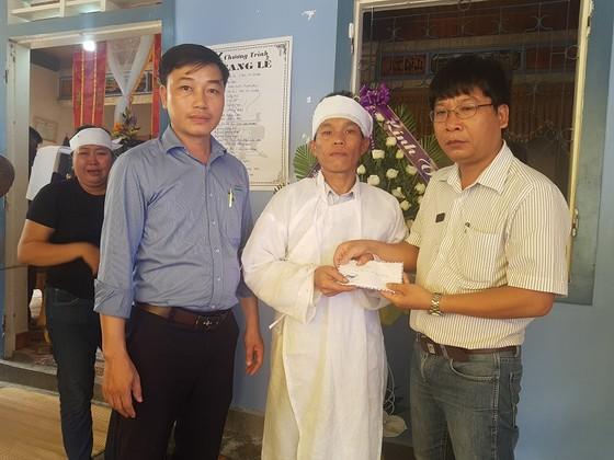 Báo SGGP trao tiền hỗ trợ gia đình chủ rể trong vụ tại nạn thảm khốc ảnh 1