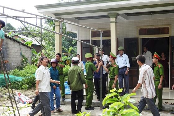 Báo SGGP trao tiền hỗ trợ gia đình chủ rể trong vụ tại nạn thảm khốc ảnh 5