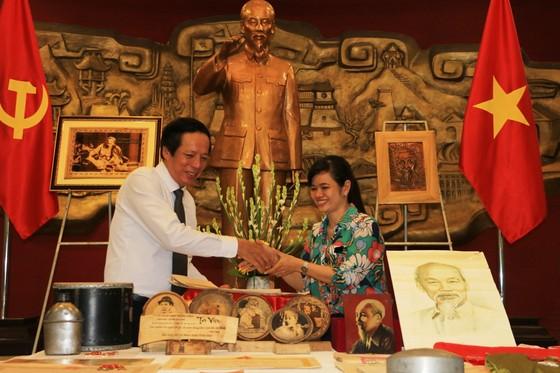 Bảo tàng Hồ Chí Minh tỉnh Thừa Thiên – Huế tiếp nhận 189 tư liệu, hiện vật về Chủ tịch Hồ Chí Minh ảnh 1