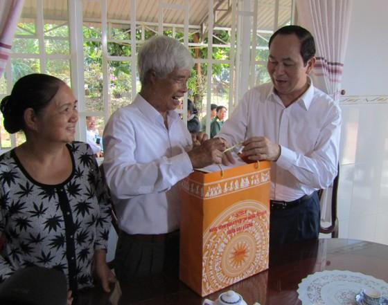 Chủ tịch nước thăm, chúc Tết cán bộ chiến sĩ Vùng Cảnh sát biển 3 ảnh 2