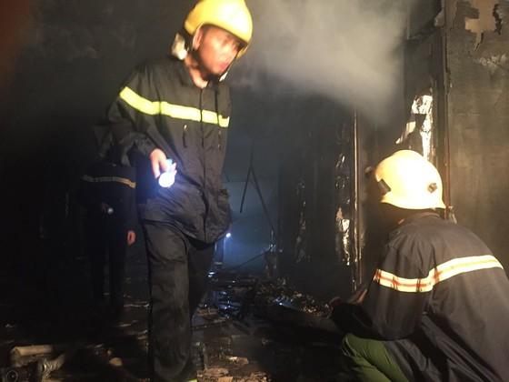Hiện trường tan hoang của vụ cháy Karaoke Kingom Club ở Hà Tĩnh ảnh 6
