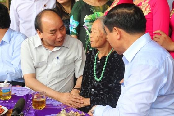Thủ tướng Chính phủ kiểm tra mô hình nông thôn mới ở Hà Tĩnh ảnh 1