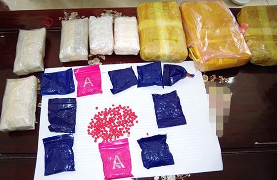 Bắt 3 đối tượng có hành vi mua bán 18.000 viên ma túy tổng hợp ảnh 2
