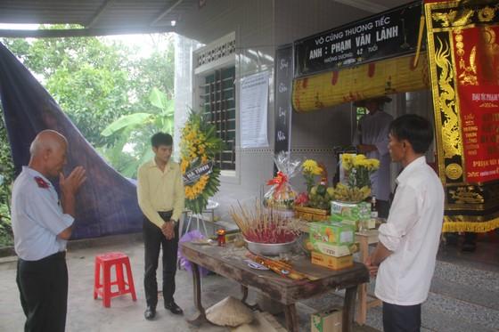 Vụ 4 người tử vong do bị điện giật ở Hà Tĩnh: Tang thương ở thôn nghèo  ảnh 1