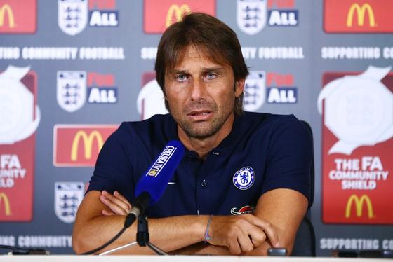 HLV Antonio Conte vừa có quyết định khá bất ngờ. Ảnh: Getty Images