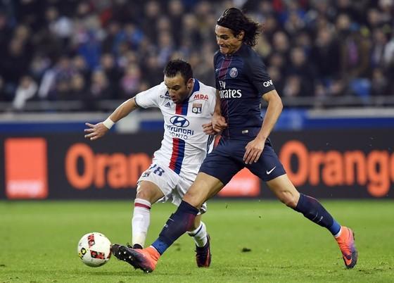 Paris SG (trái) - Lyon vẫn là một trong những trận đấu rất được chờ đợi trong lịch thi đấu của Ligue 1. Ảnh: Getty Images