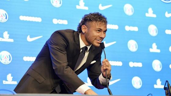 Real từng mua hụt Neymar. Ảnh: Getty Images