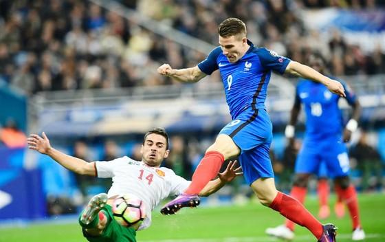 Vòng loại World Cup 2018: Kẻ thuận lợi, người khó khăn ảnh 2