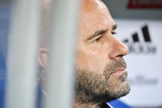 HLV Peter Bosz của Dortmund tin rằng trong một ngày không xa sẽ có một cầu thủ được chuyển nhượng với tổng giá trị 1 tỷ EUR. Ảnh: Getty Images
