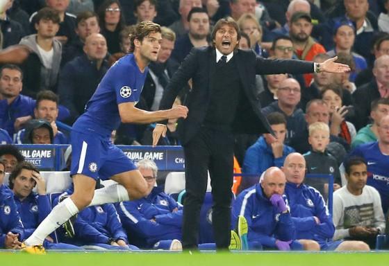 Antonio Conte tự tin có thể giúp Chelsea vượt khó. Ảnh: Getty Images