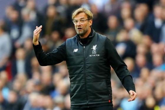 HLV Jurgen Klopp ngày càng cùng Liverpool lún sâu vào khủng hoảng. Ảnh: Getty Images