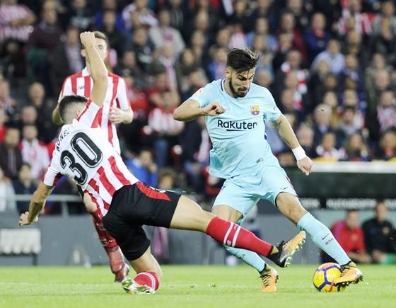 Athletic Bilbao - Barcelona 0-2: Nhiều hơn cả 3 điểm ảnh 1