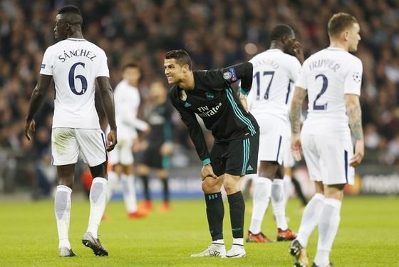 Tottenham - Real Madrid 3-1: Real vào vùng khủng hoảng ảnh 1