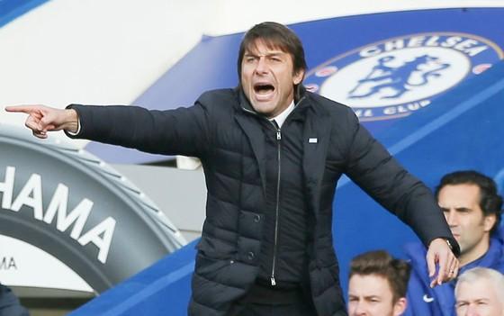 HLV Antonio Conte rất tự tin vào năng lực của Chelsea. Ảnh: Getty Images