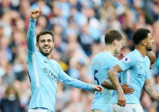 Bernardo Silva và cơ hội duy nhất mừng bàn thắng cho Man.City. Ảnh: Getty Images