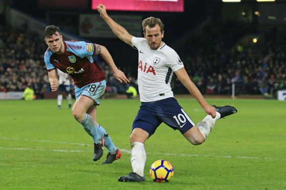 Harry Kane (phải) chắc chắn sẽ được đồng đội trợ giúp để ghi bàn vào lưới Southampton hôm nay. Ảnh: Getty Images