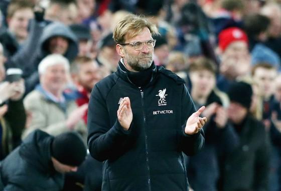 """HLV Jurgen Klopp giờ đã kiệm lời hơn khi đã """"hòa nhập"""" với Premier League. Ảnh: Getty Images"""